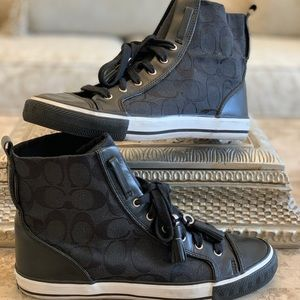 ❌SOLD❌ Coach Sneakers, size 8